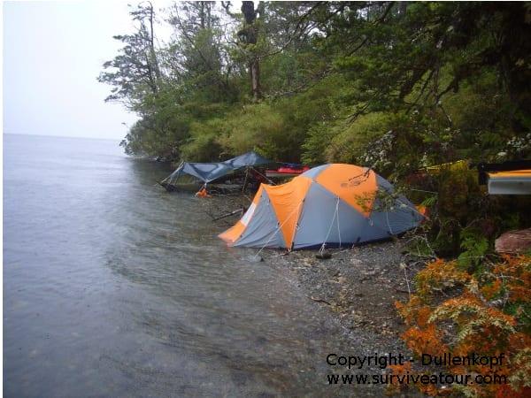 Zelt für Survival tour